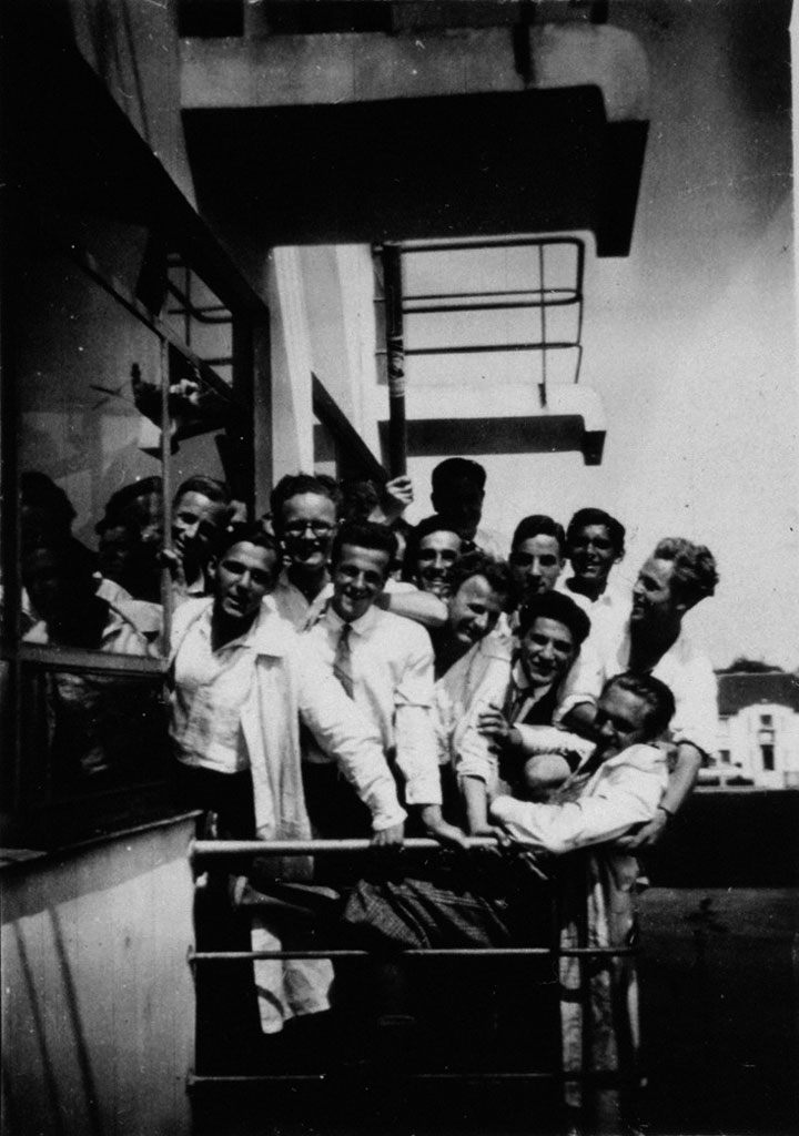 Fritz Schreiber, Students on a Balcony at the Prellerhaus, Bauhaus, Dessau, c.1932, Misawa Homes Co., LTD.